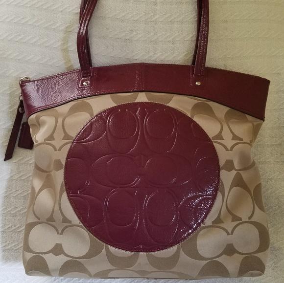8d5749aa1f8 Coach Bags   Signature Laura Tote Bag Large Purse   Poshmark